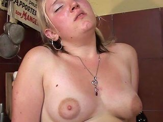 Kinky Housewife Gets Fucked And Licked On The Kitchen Table Anysex Com Video
