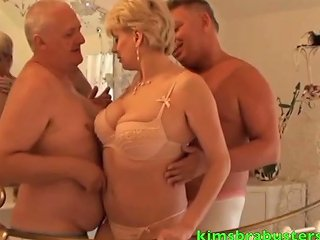 John Pops Next To Fuck His Neighbours Wife Free Hd Porn Bd